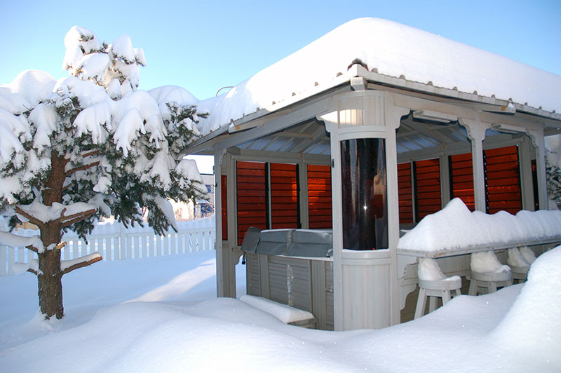 Snow hot tub